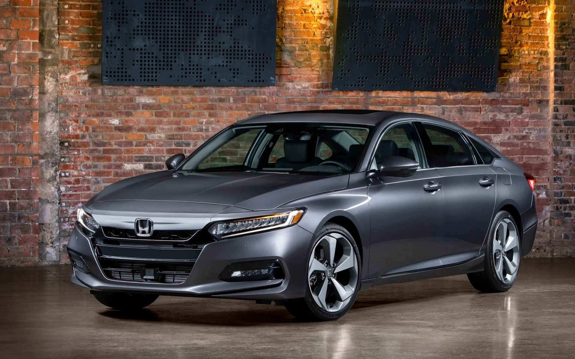 What makes this car so popular for. 2020 Honda Accord At A Glance Motor Illustrated