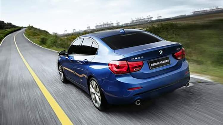 2017-bmw-1-series-sedan-china