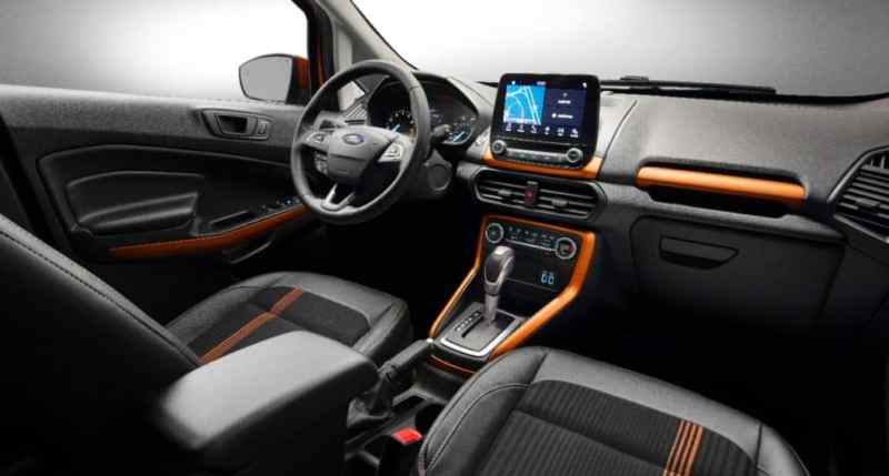 2017-ford-ecosport-facelift-interior-2