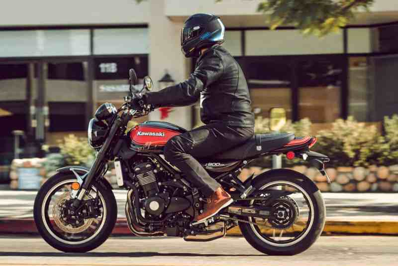 Kawasaki Z900RS Retro Modern Bike Launched At Rs 153 Lakh
