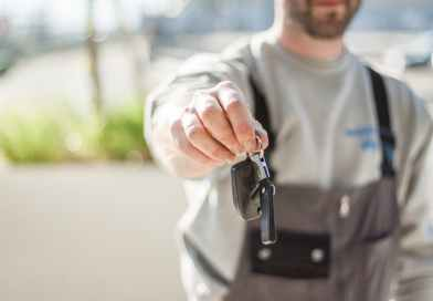 7 Secrets Your Car Mechanic Doesn't Want You to Know (shady mechanic tricks)