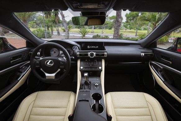 Lexus RC300h_03