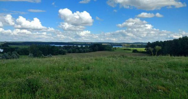 Oster-Motorradtouren: Dreiseenblick bei einer Motorradtour durch die Uckermark