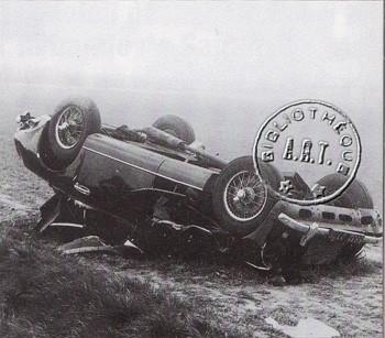 Wrack des Aston Martin, mit dem Francoise Sagan schwer verunglückte