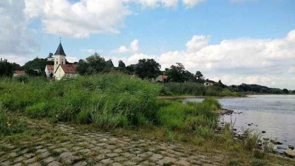 Kirche von Lebus an der Oder in Brandenburg