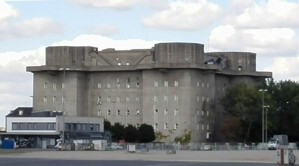 Flakbunker am Heiligengeistfeld in Hamburg, dem langjährigen Sitz des NDR