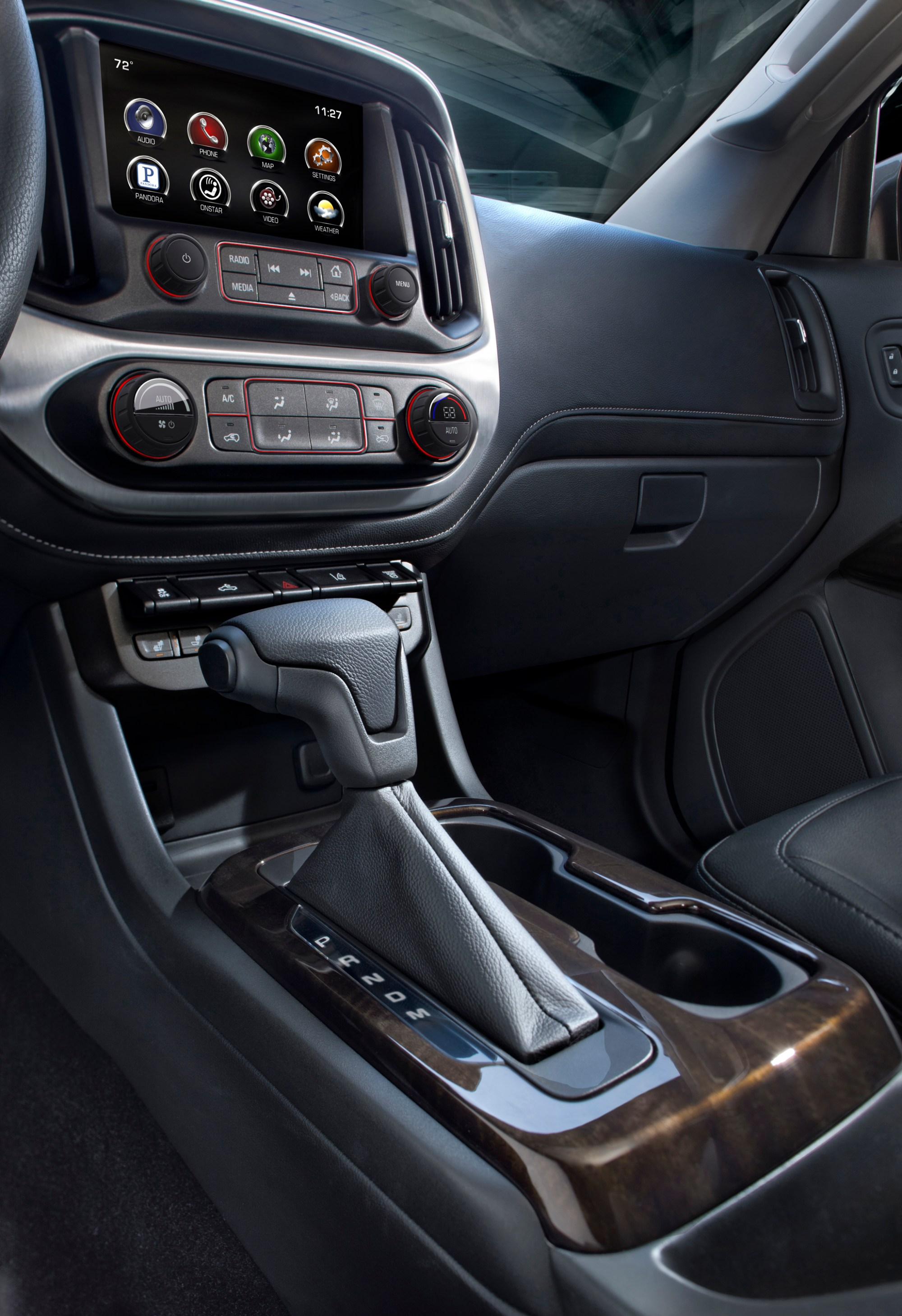 hight resolution of the all new 2015 gmc canyon s high level of customer focused technologies include an eight inch intellilink screen that will feature a new in car app