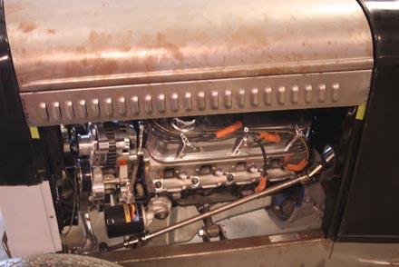 Novo motor V8 já instalado