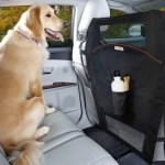 Barreira divisória para cães no carro