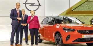 2019-Opel-IAA-Frankfurt-Angela-Merkel-Michael-Lohscheller-Corsa-e-508771