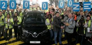 Usine Renault de Flins : le cap des 200 000 ZOE produites franchi !