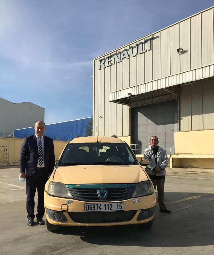"""Renault Algérie célèbre """"1 million de km"""" d'un de ses fidèles clients"""
