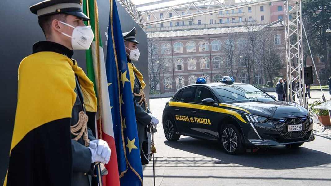Peugeot et la « Guardia di Finanza » d'Italie renouvellent leur collaboration vers l'émission zero
