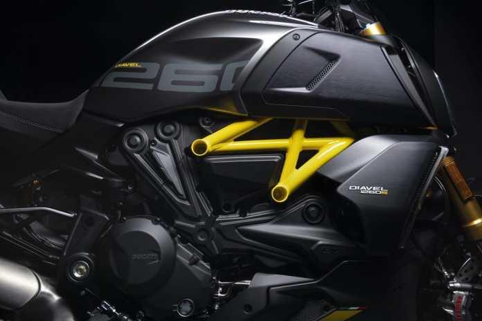 MY22 Ducati Diavel 1260 S