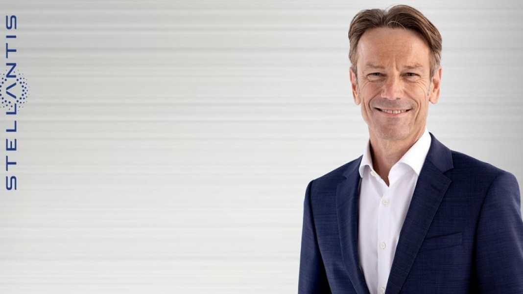 Uwe Hochgeschurtz - CEO OPEL