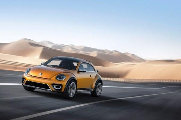 """Con el Beetle Dune Concept, presentado a principios de año en el salón de autos de Detroit, Volkswagen estudia la posibilidad de hacer su propio """"buggie"""". El anuncio final lo dará la semana que viene en el auto show de Los Ángeles. FOTOS: Volkswagen"""