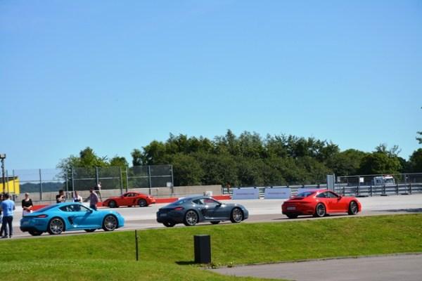 La pruebas en la pista tomaron parte de la mañana y varias horas de la tarde.