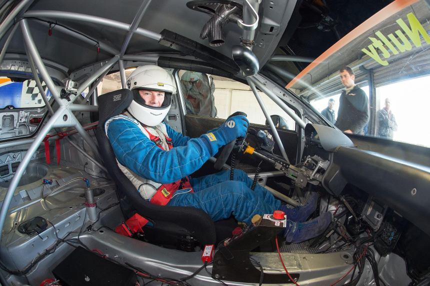 Leo SEAT Cockpit
