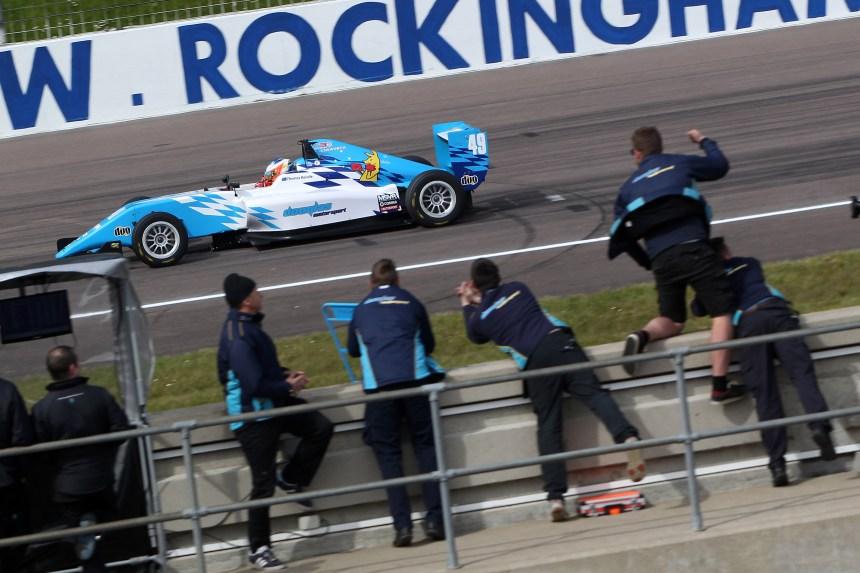 Thomas Randle (AUS) Douglas Motorsport BRDC F3