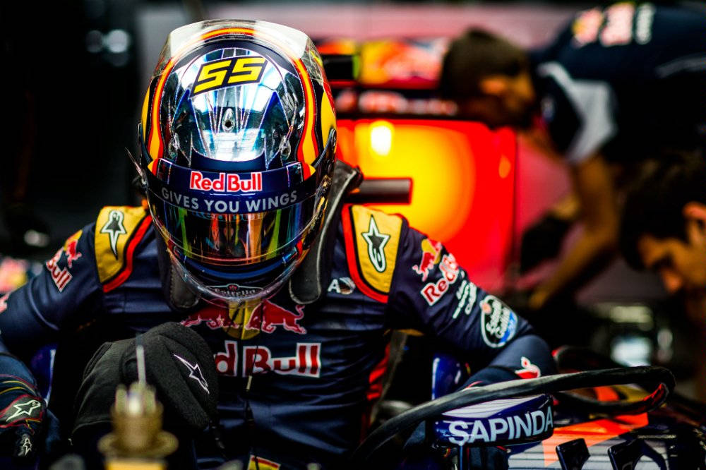 carlos-sainz-china-2