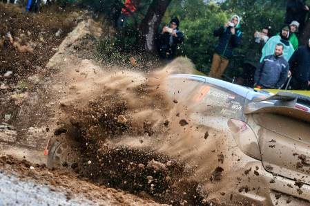 KIcking up the dust on Rally Spain