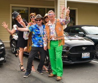 NO FEE PIC 02/11/17: Helen O Dwyer, Mary Sheehan, Ray Fenelon, Fidelma Fenelon, and John Sheehan pictured in San Fransisco gearing up for the first Cannonbal USA. Ireland's CANNONBALL supercar event is currently blazing a trail through America. A group of sixty Irish Cannonballers jetted off from Dublin to San Francisco this week for the largest and most exhilarating foreign CANNONBALL event with the original Cannonball movie theme. The route takes in San Fransisco, Yosemite National Park, Mammoth Lakes, Death Valley, Las Vegas, Hollywood, Los Angeles, Santa Barbara and Santa Maria and Carmel before looping back to San Francisco and Cannonballers are driving in style in a convoy of high performnce convertible Muscle cars including Ford Mustangs, Cameros and Dodge Chargers and a Shelby. Cannonball is an Irish Superrcar Event which has raised almost €1,000,000 for Irish Childrens Charities. Photo: Kasia Farat