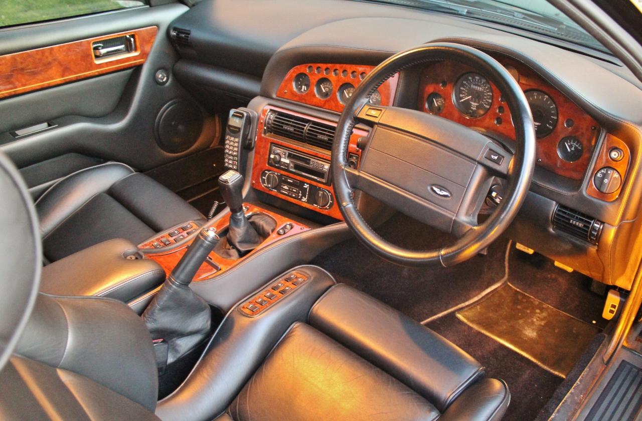 1997 Aston Martin V8 Vantage V550-Manual interior 1