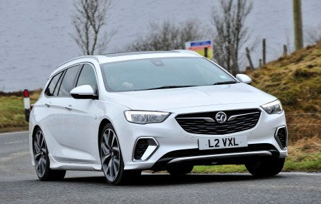 Insignia GSi Sports Tourer a