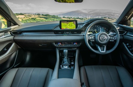 Mazda6 Saloon c