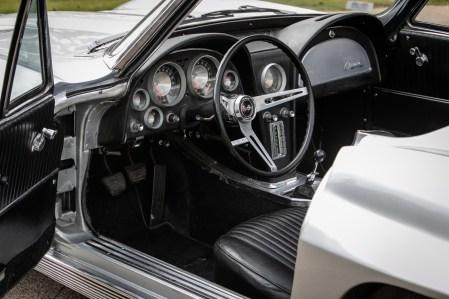 1963 Corvette Stingray (03)