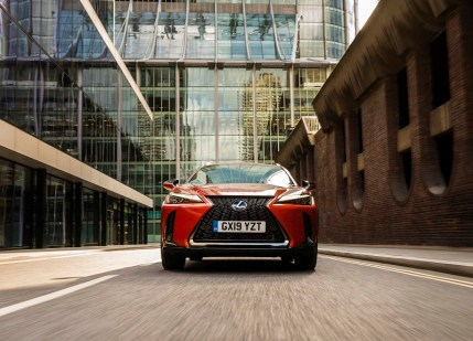 Lexus UX d