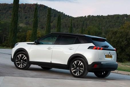 Peugeot e 2008 d (1)