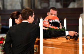 lauda funerale parenti
