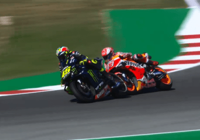 motogp video qualifiche misano rossi marquez contatto