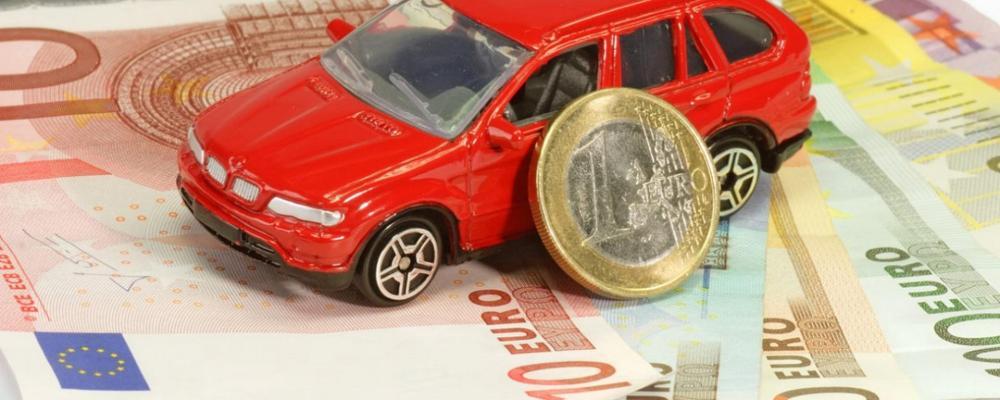 auto soldi risparmio assicurazione