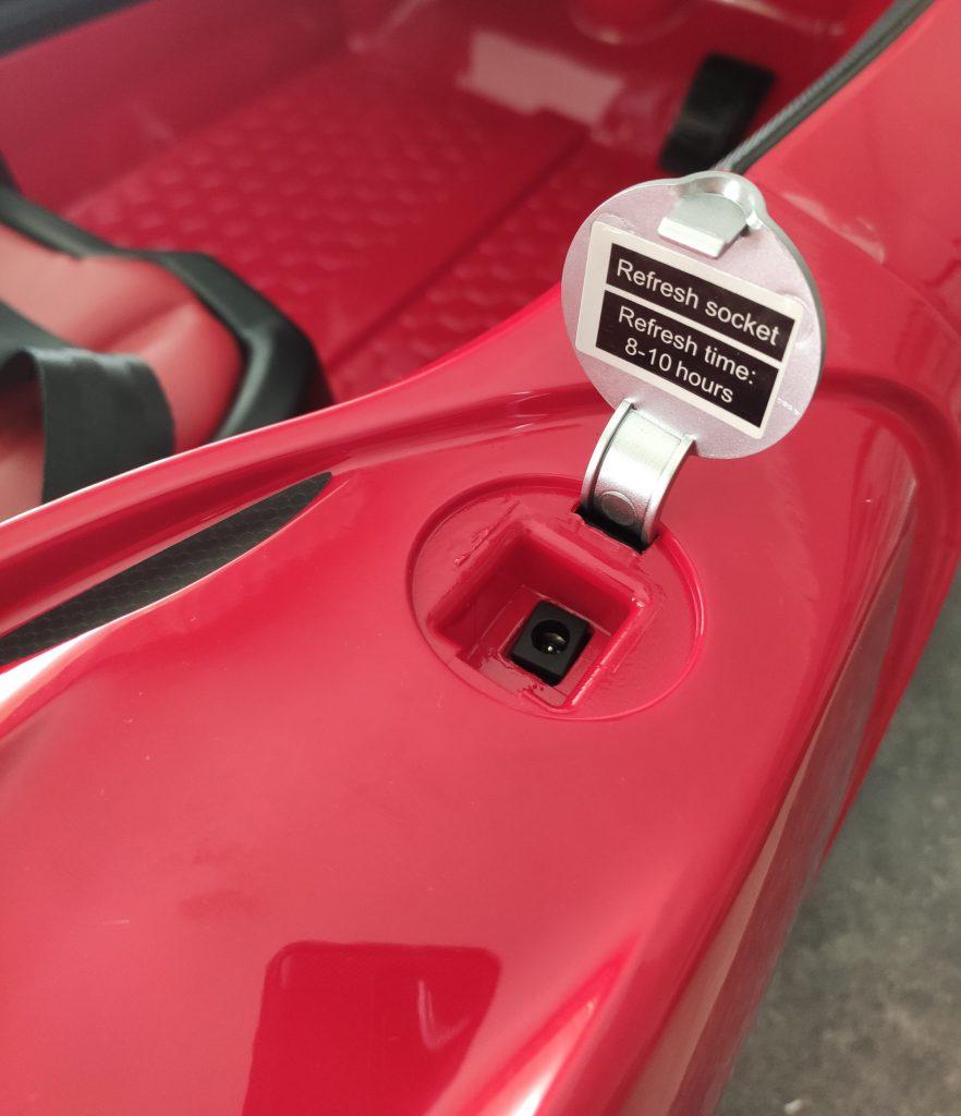 Guida montaggio Ferrari LaFerrari Fxx K la super car per bambini radiocomandata
