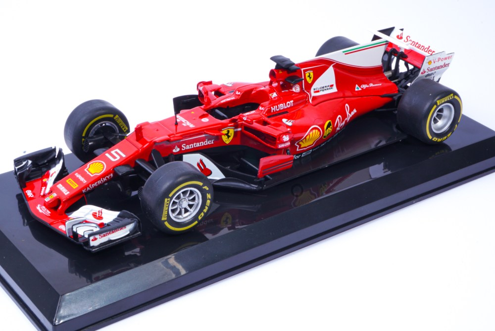 modellino f1 ferrari vettel sf70 1/24 f1 collection