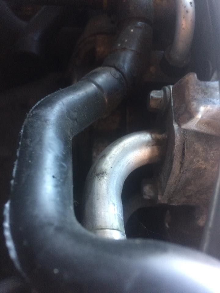 EGR valve E10 bolts to block