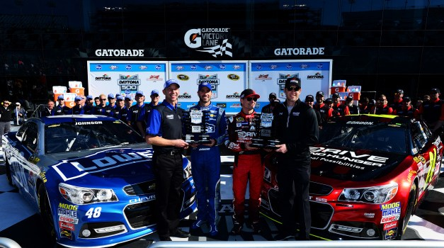 Gordon wins Daytona 500 pole in final start.