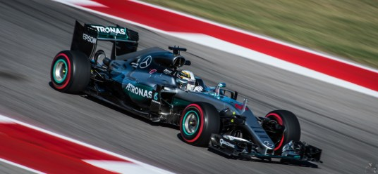 Lewis Hamilton comfortably managed his race from the front