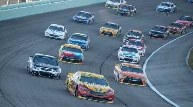 The field in turn 2 during the Ford Ecoboost 400 at Homestead-Miami Speedway, Sunday, Nov. 20, 2016, in Homestead, FL.