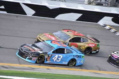 Last year's top-two finishers of last year's Daytona 500, with runner-up Bubba Wallace getting help by Jimmie Johnson and pulling ahead of 2018 winner Austin Dillon.