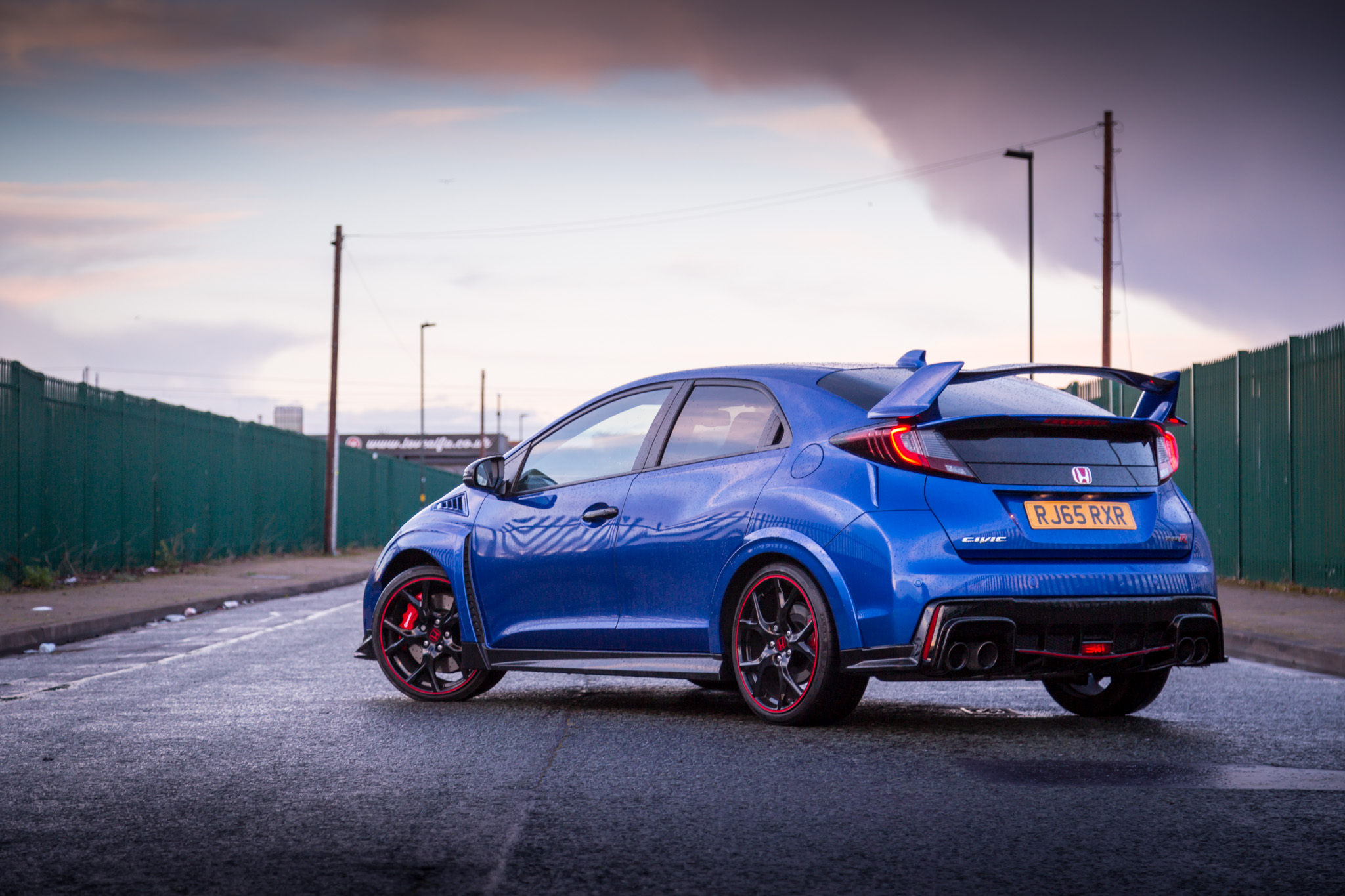 How To Make Your Car Look Sporty Even On A Tight Budget?