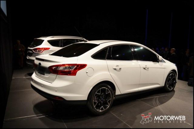 2013-06-6 PRES Ford Global Kuga_Focus_Fiesta 30 copy