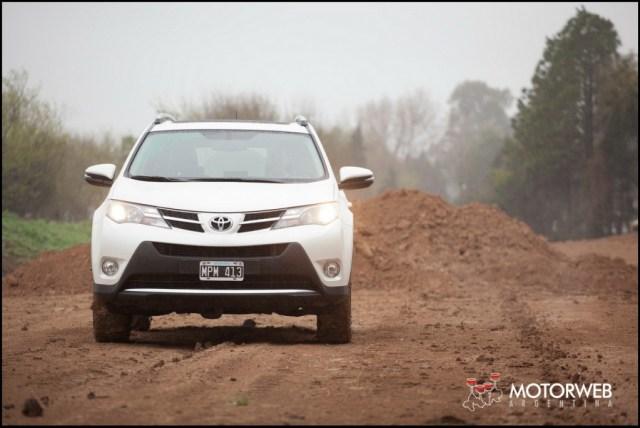 2013-10 TEST Toyota Rav4 Motorweb Argentina 010