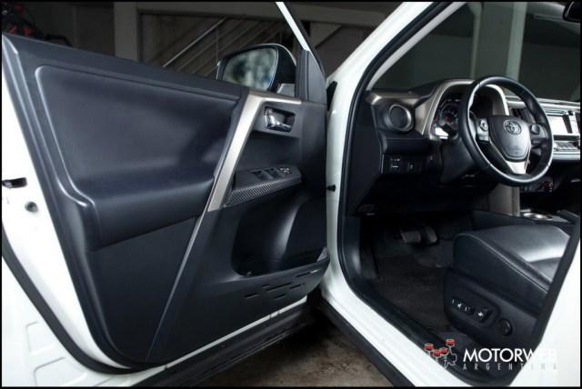 2013-10 TEST Toyota Rav4 Motorweb Argentina 041