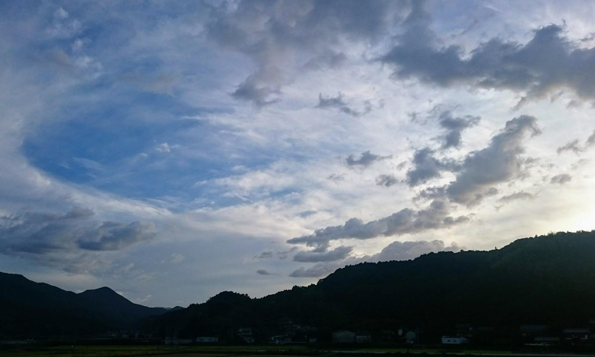 8月13日の夕空