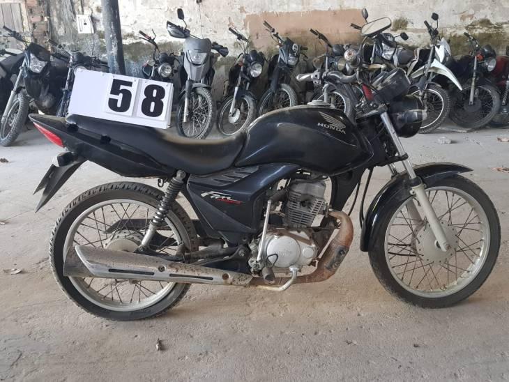 Leilão Municipal tem Honda CG Fan KS a R$ 1 mil