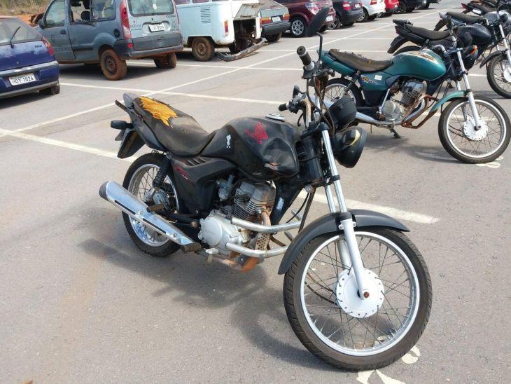 Leilão de veículos do DETRAN tem Honda CG 125 FAN KS R$ 1,1 mil