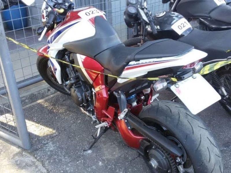 Leilão de motos tomadas pelo banco